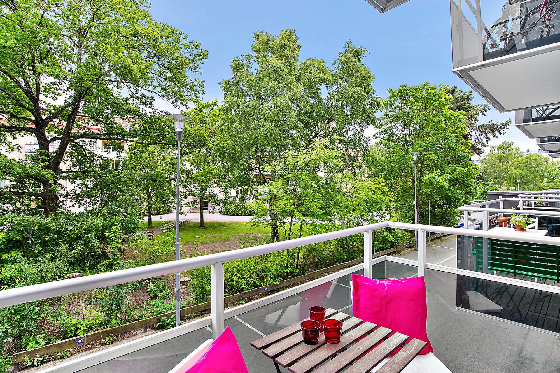 Tellusborgsvägen 92, 1tr - Möblerbar balkong