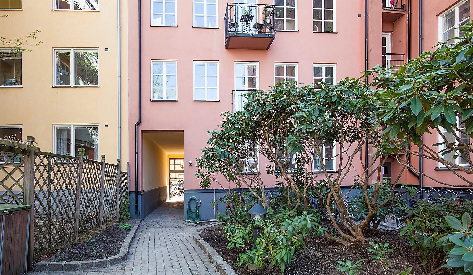 Heleneborgsgatan 26, 1 tr - Passage mot Heleneborgsgatan.