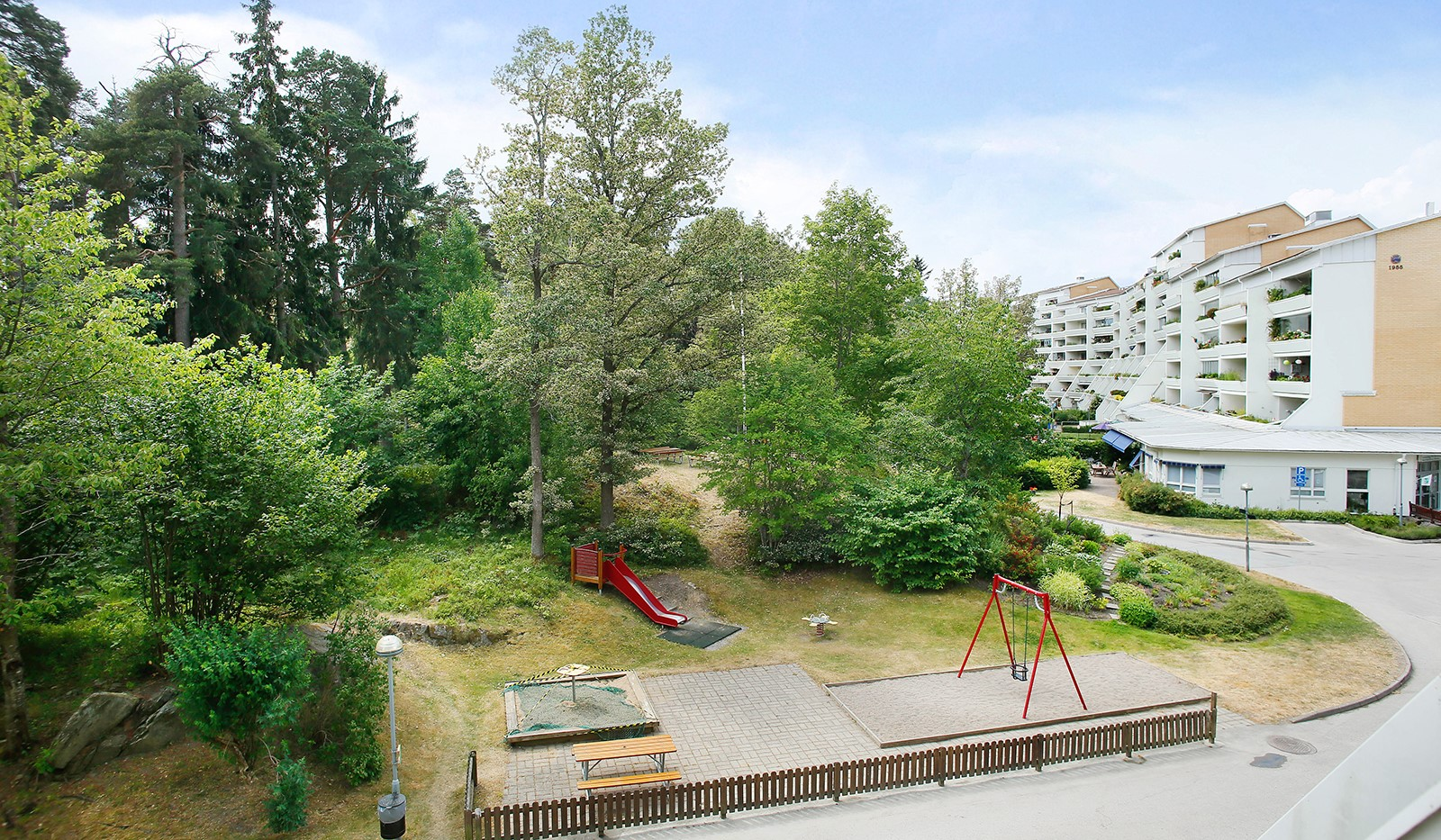 Elgentorpsvägen 21 - Utsikt från terrass