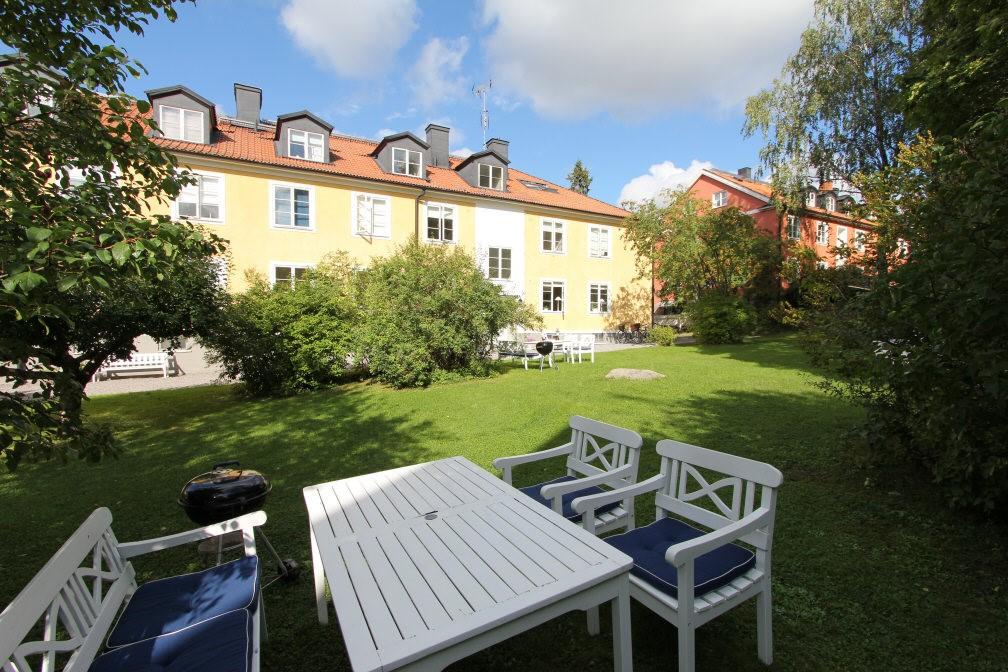 Ålstensgatan 9 - Stor härlig trädgård
