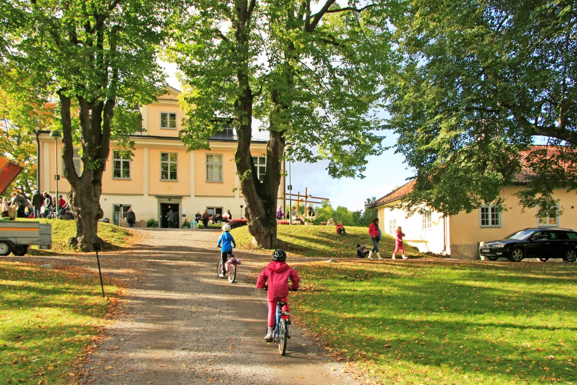 Äppeldagen, Ängby Slott