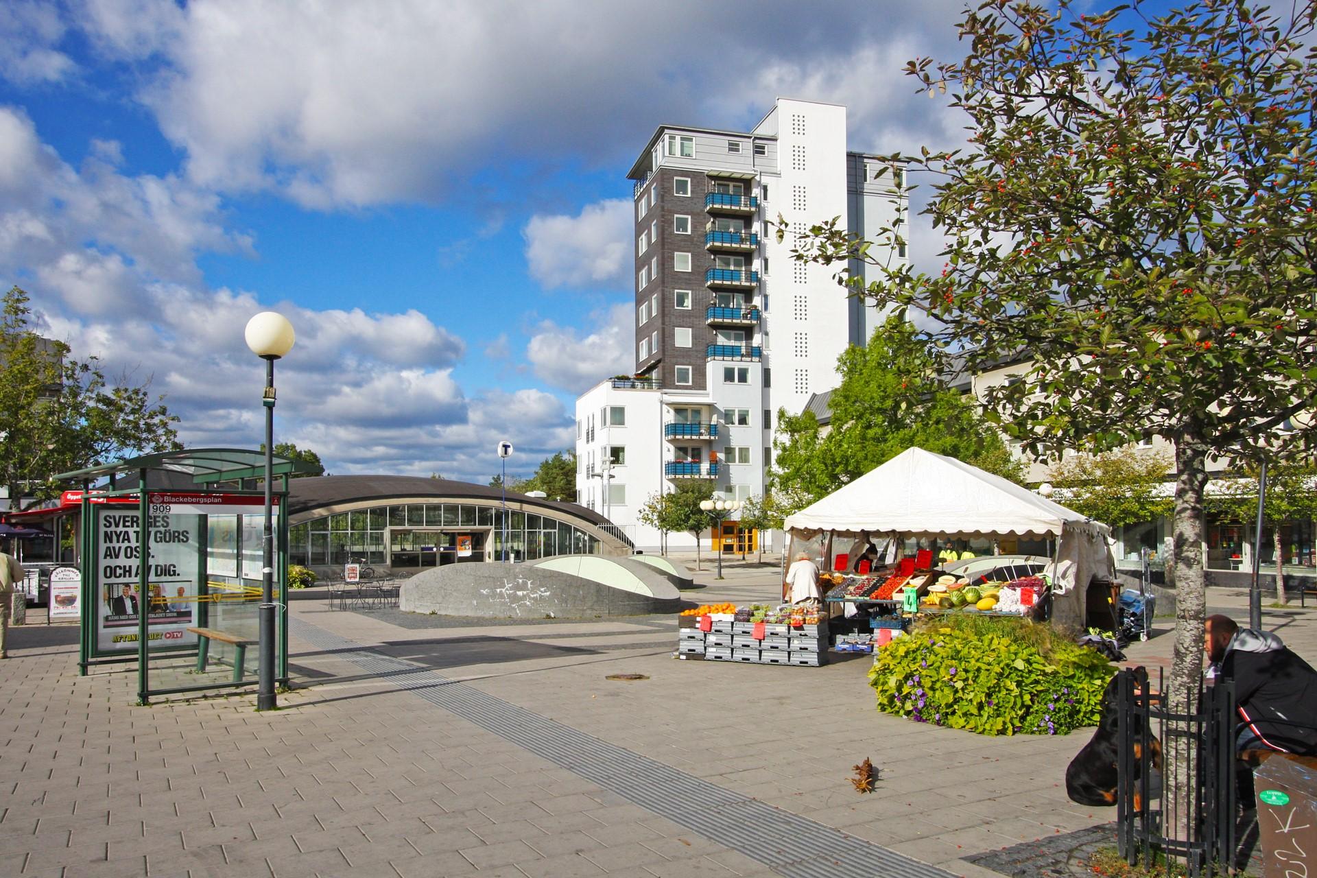 När fastigheten byggdes 2001, var denna bostad en av de högst belägna lägenheterna i Stockholm