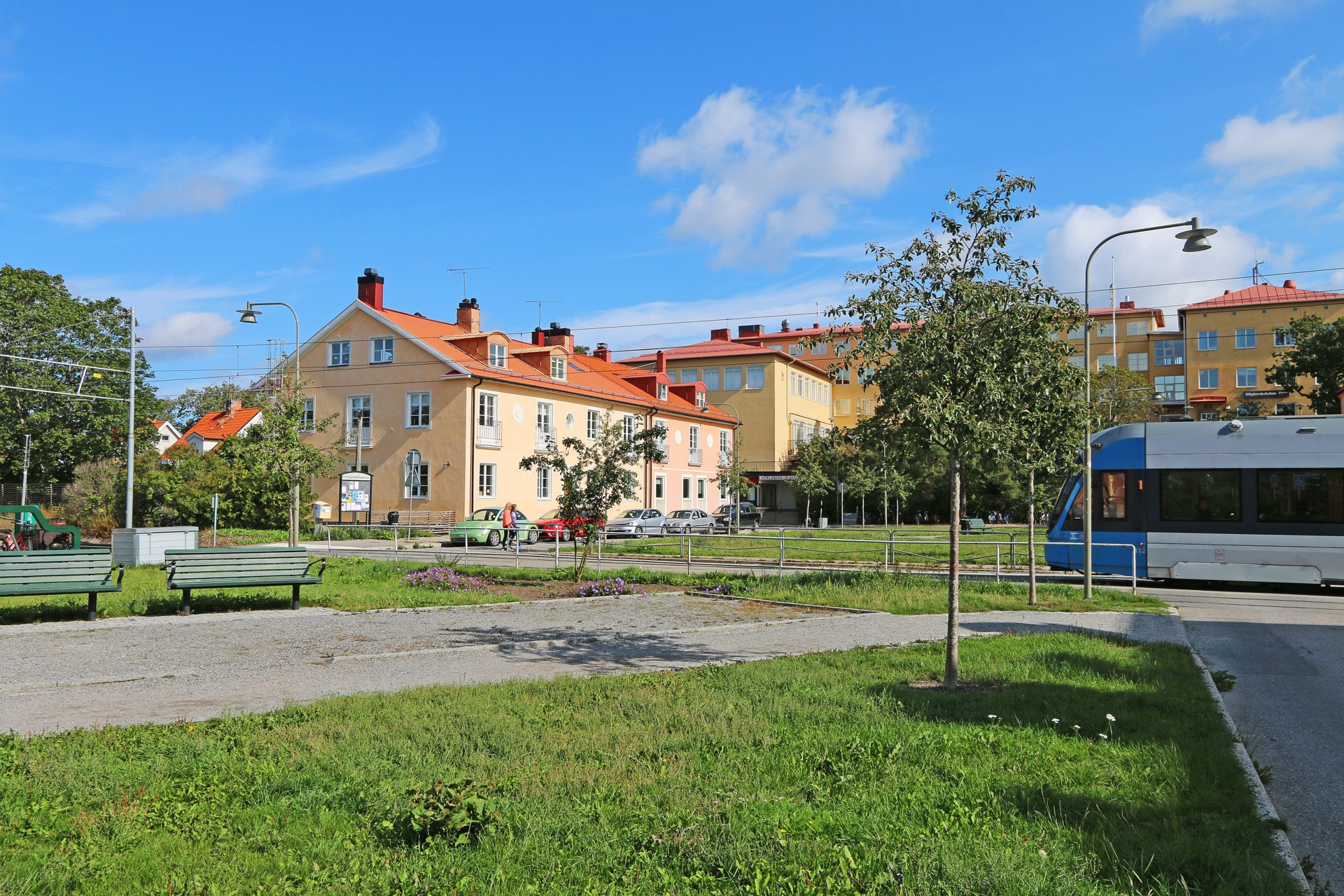 Höglandstorget med spårvagnshållplats