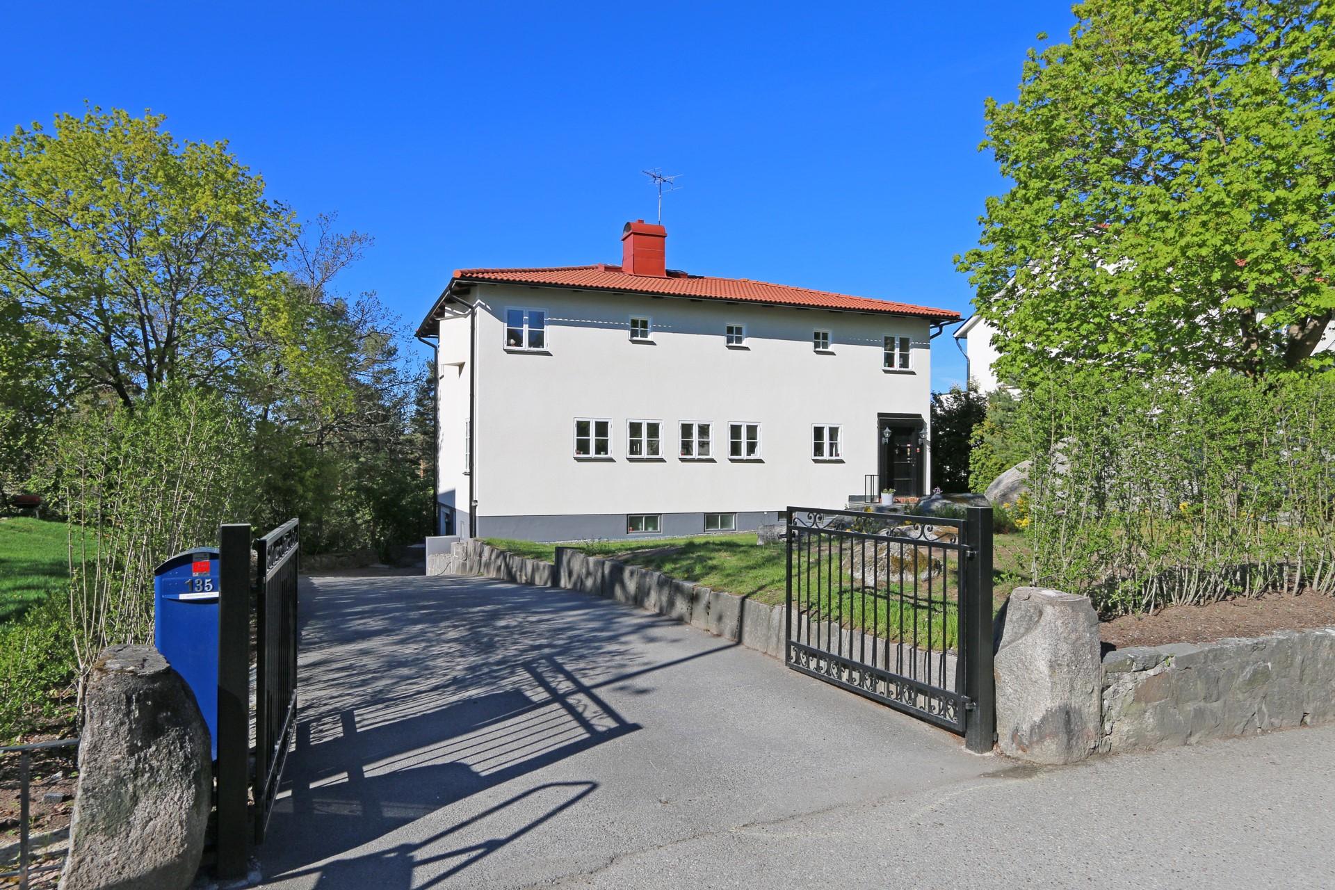 Välkomna till Grönviksvägen 135