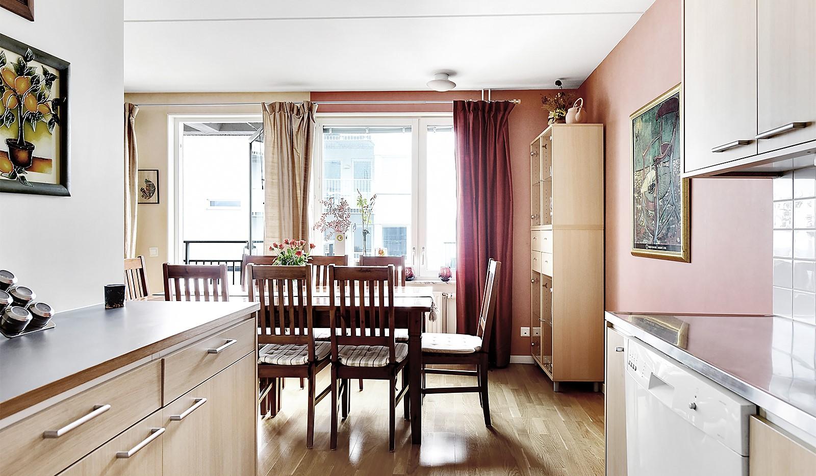 Vinodlargatan 2, 6 tr - Plats för stort matbord