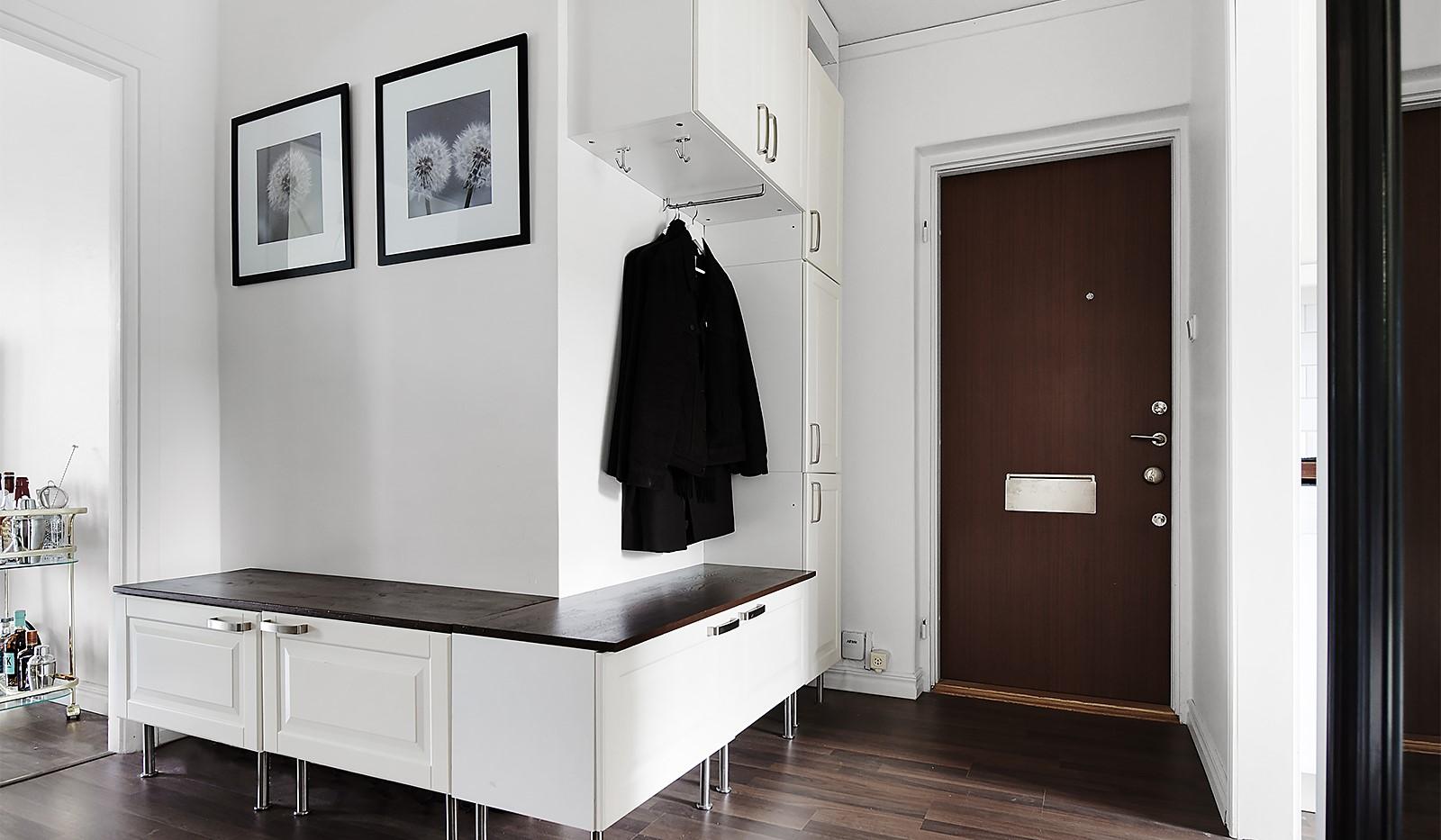 Porlabacken 45, 2 tr - Smarta skåp längst med väggen