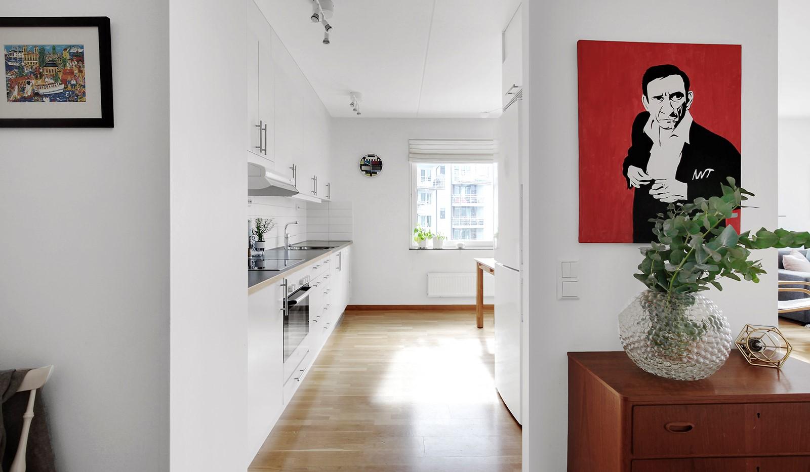 Hildebergsvägen 4, 3 tr - Hall mot kök