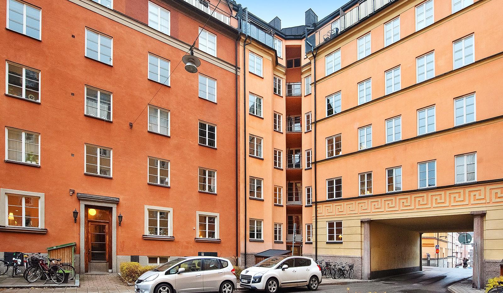 Sågargatan 14 - Porten och portalen mot Åsögatan