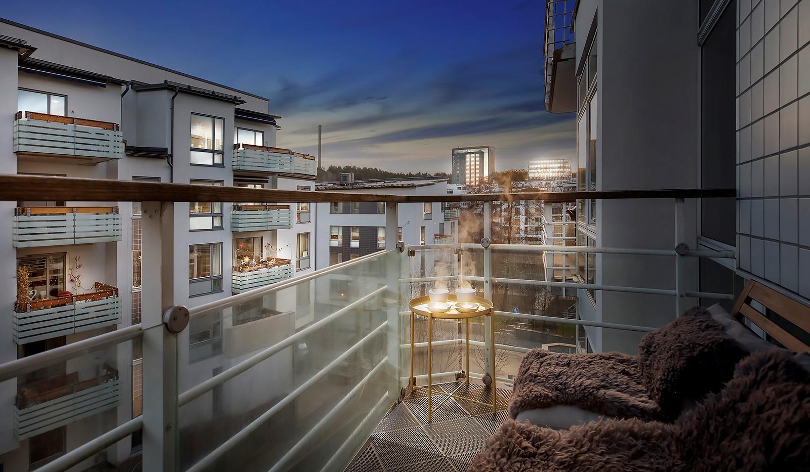 Sickla kanalgata 67, 3 tr - Stor möblerbar balkong
