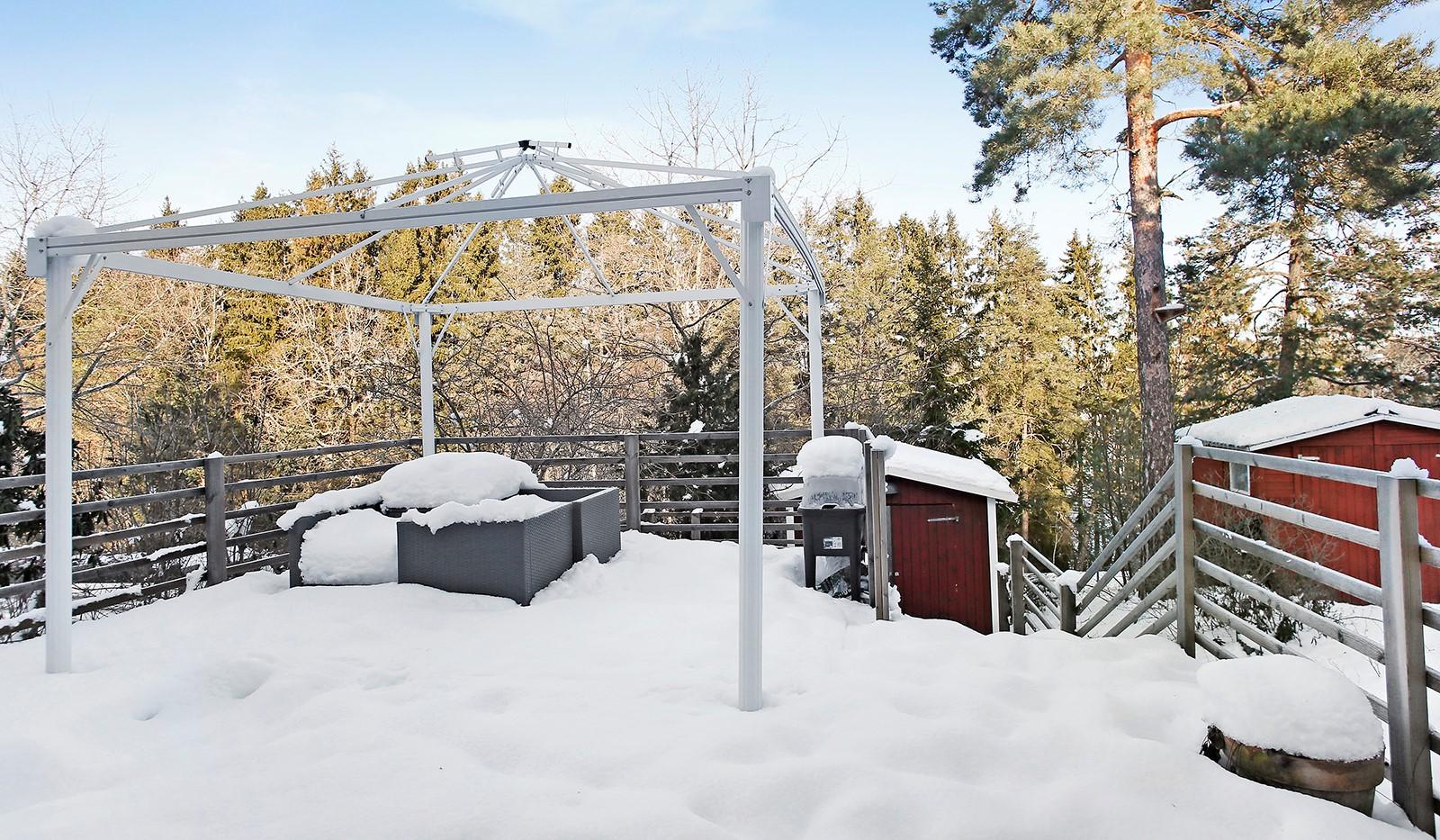 Hallundavägen 83 - 2st altaner med grillmöjligheter