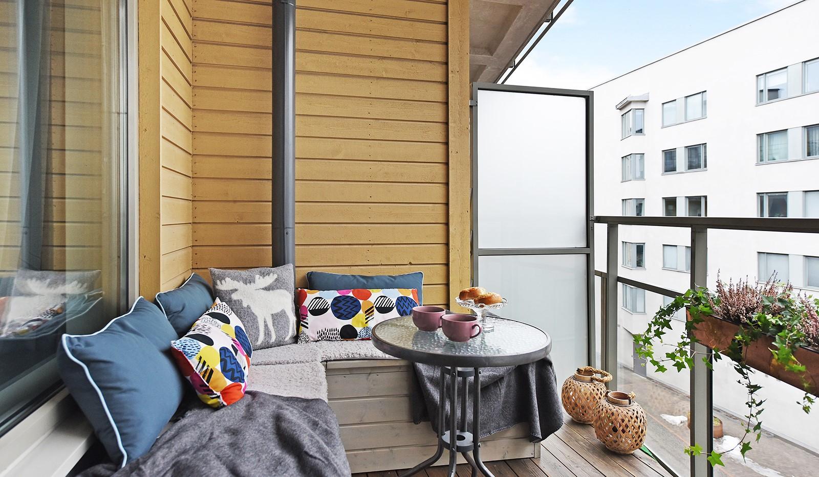 Liljeholmstorget 18, 3 tr - Mysig balkong
