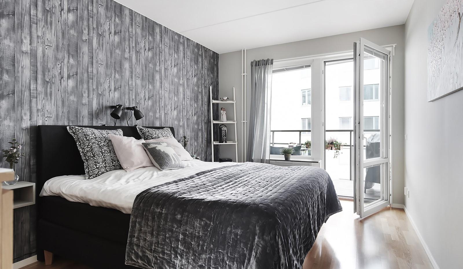 Liljeholmstorget 18, 3 tr - Rymligt sovrum