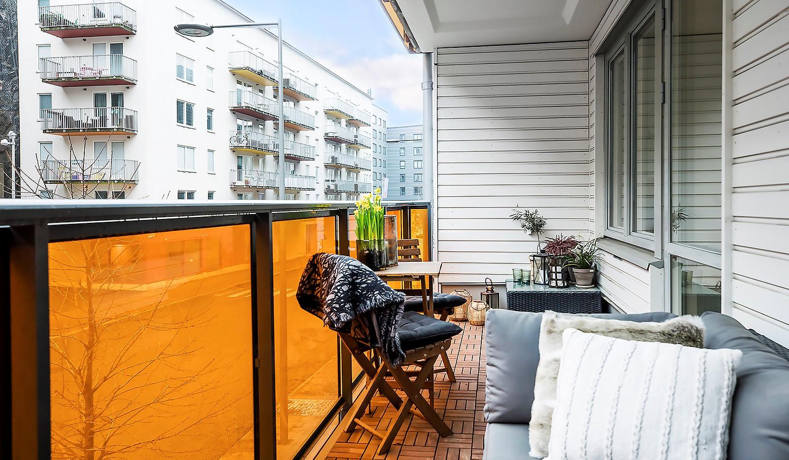 Årgångsgatan 7, 2tr - Lätt att möblera på balkongen