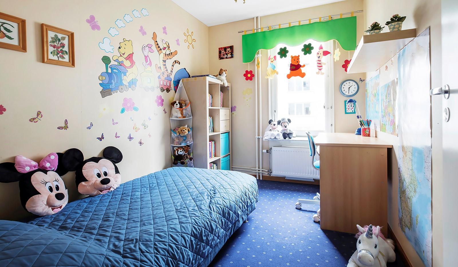 Vingårdsgatan 8, 3tr - Barnrum intill det stora sovrummet
