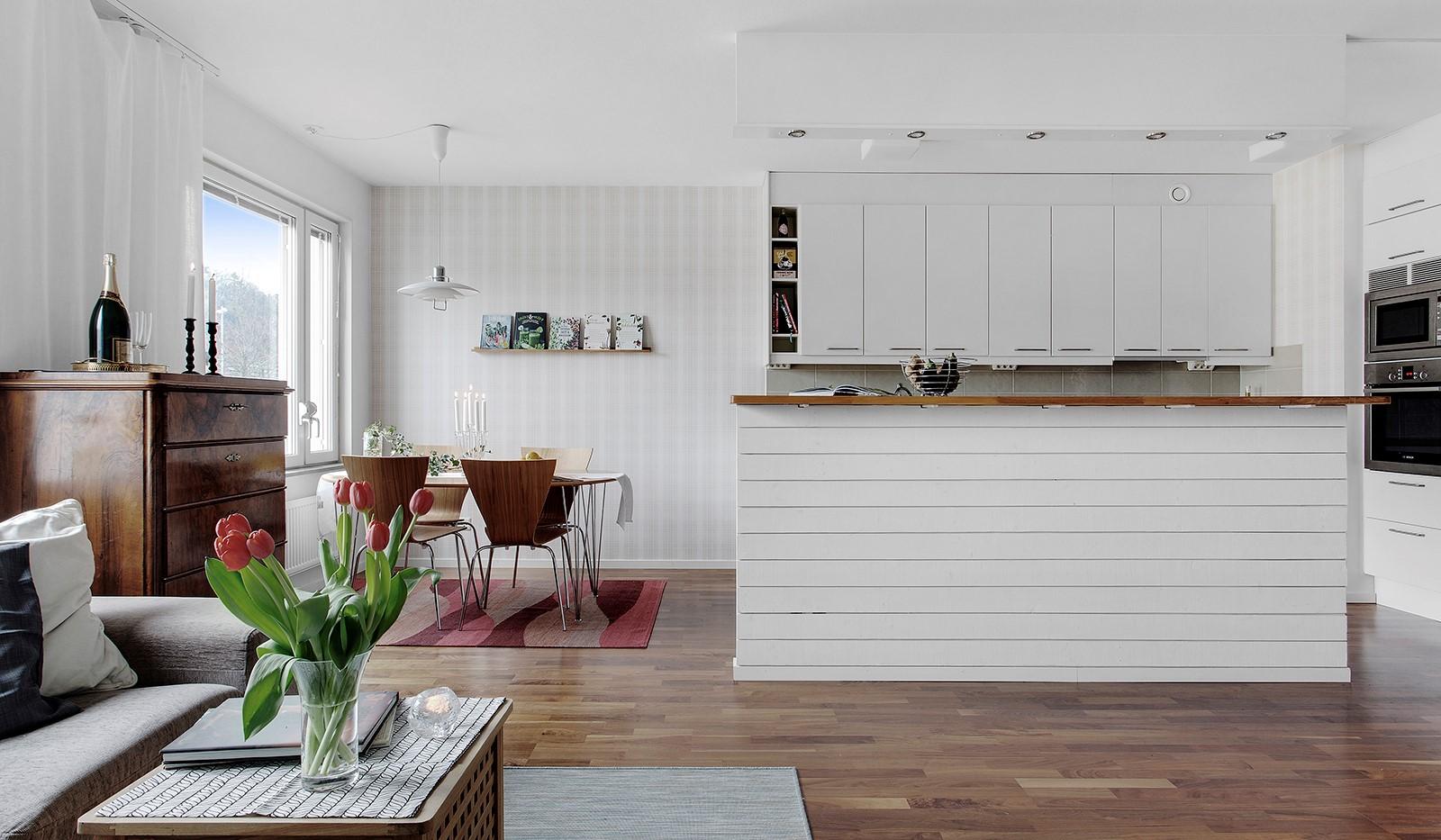 Fartygsgatan 2 - Öppen planlösning mellan vardagsrum och kök