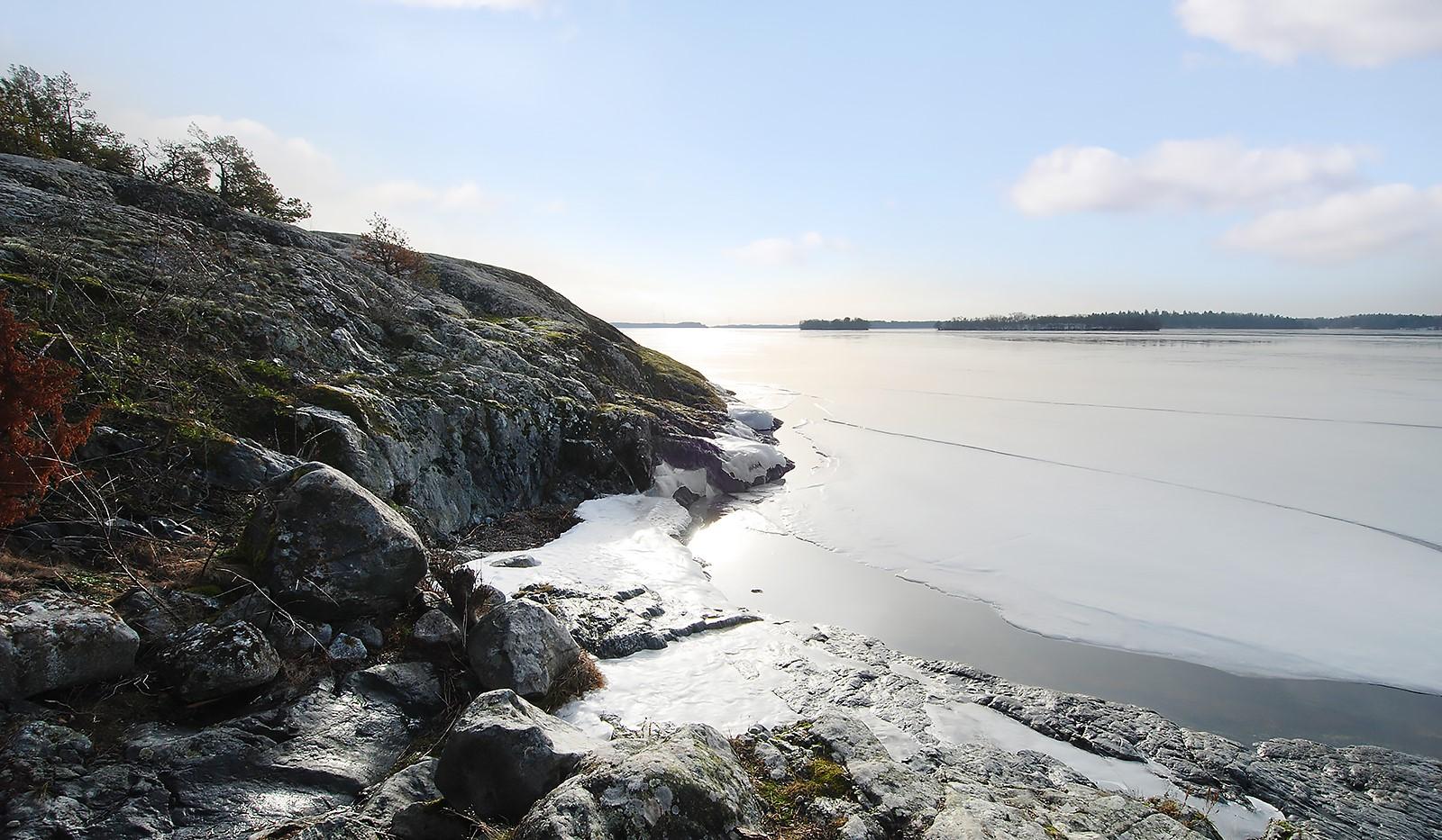Ringuddsslingan  39 - En mindre badstrand strax nedanför tomten