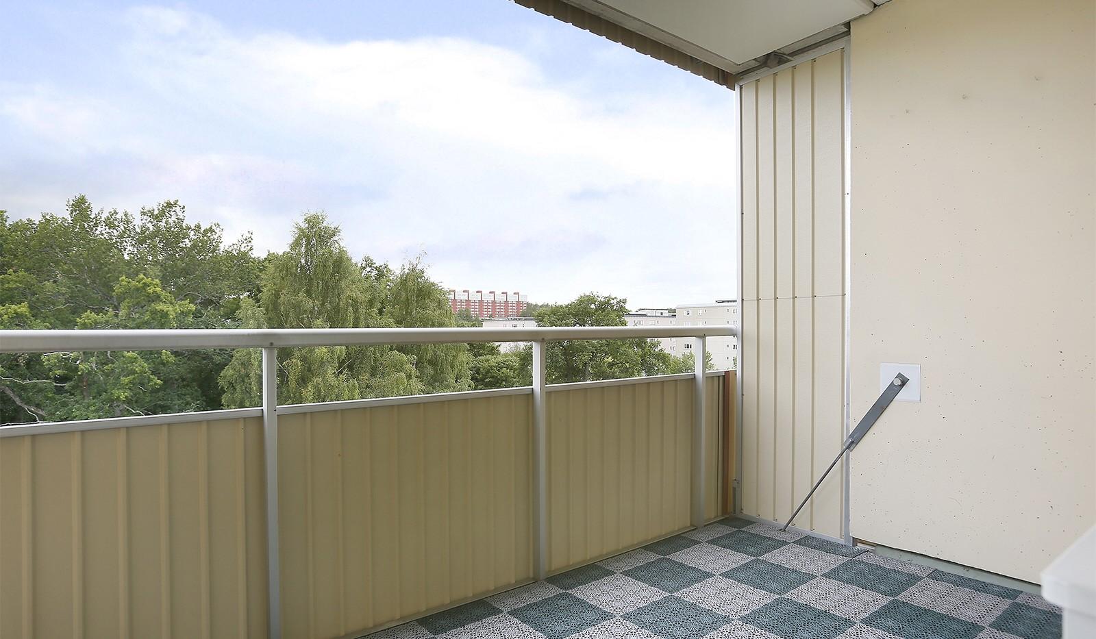 Vickervägen 16,6tr - Rymlig balkong
