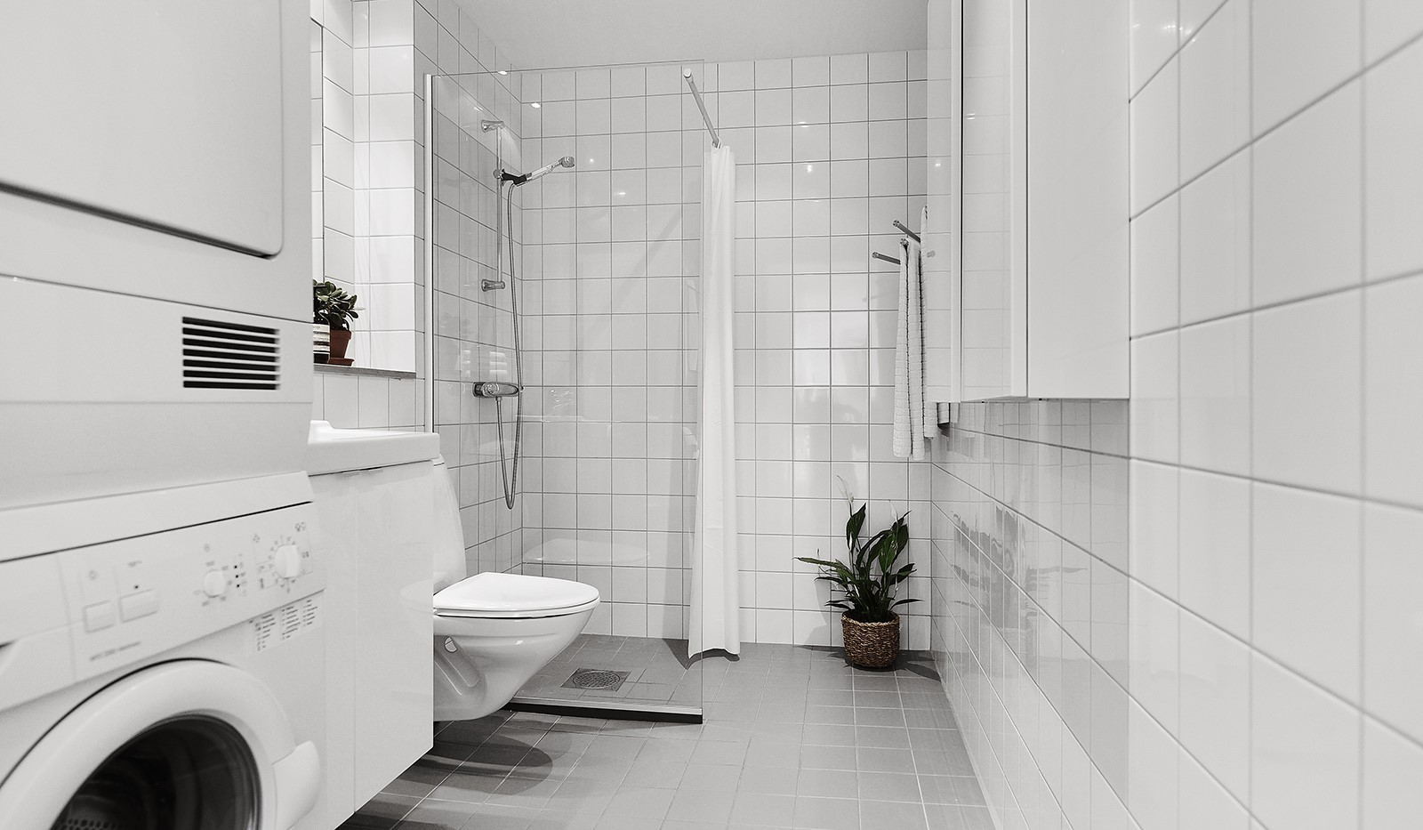 Vingårdsgatan 46, 6/6 tr - Helkaklat badrum