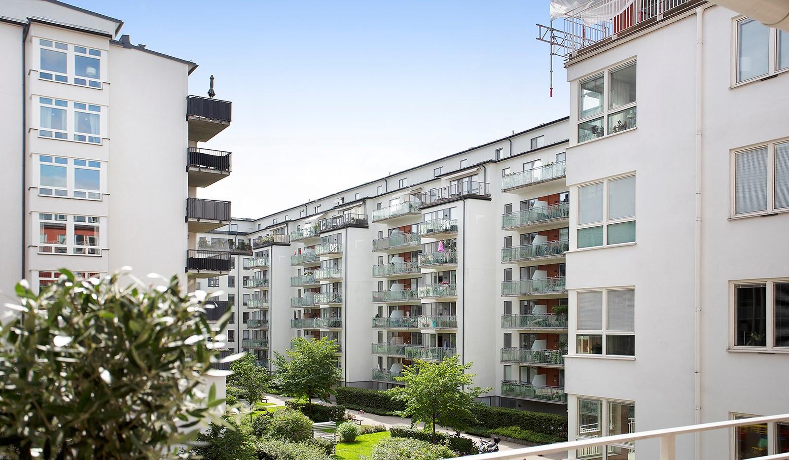 Åsögatan 106 - Utsiktsbild från balkongen.