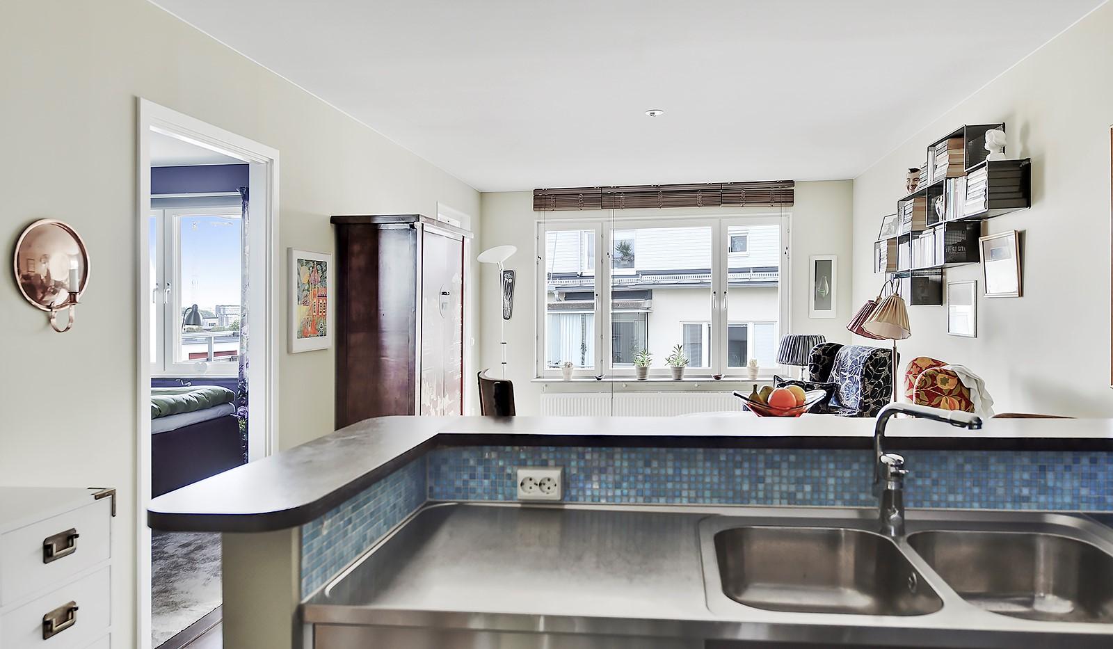 Hildebergsvägen 8, 5 tr - Öppen planlösning mellan kök och vardagsrum