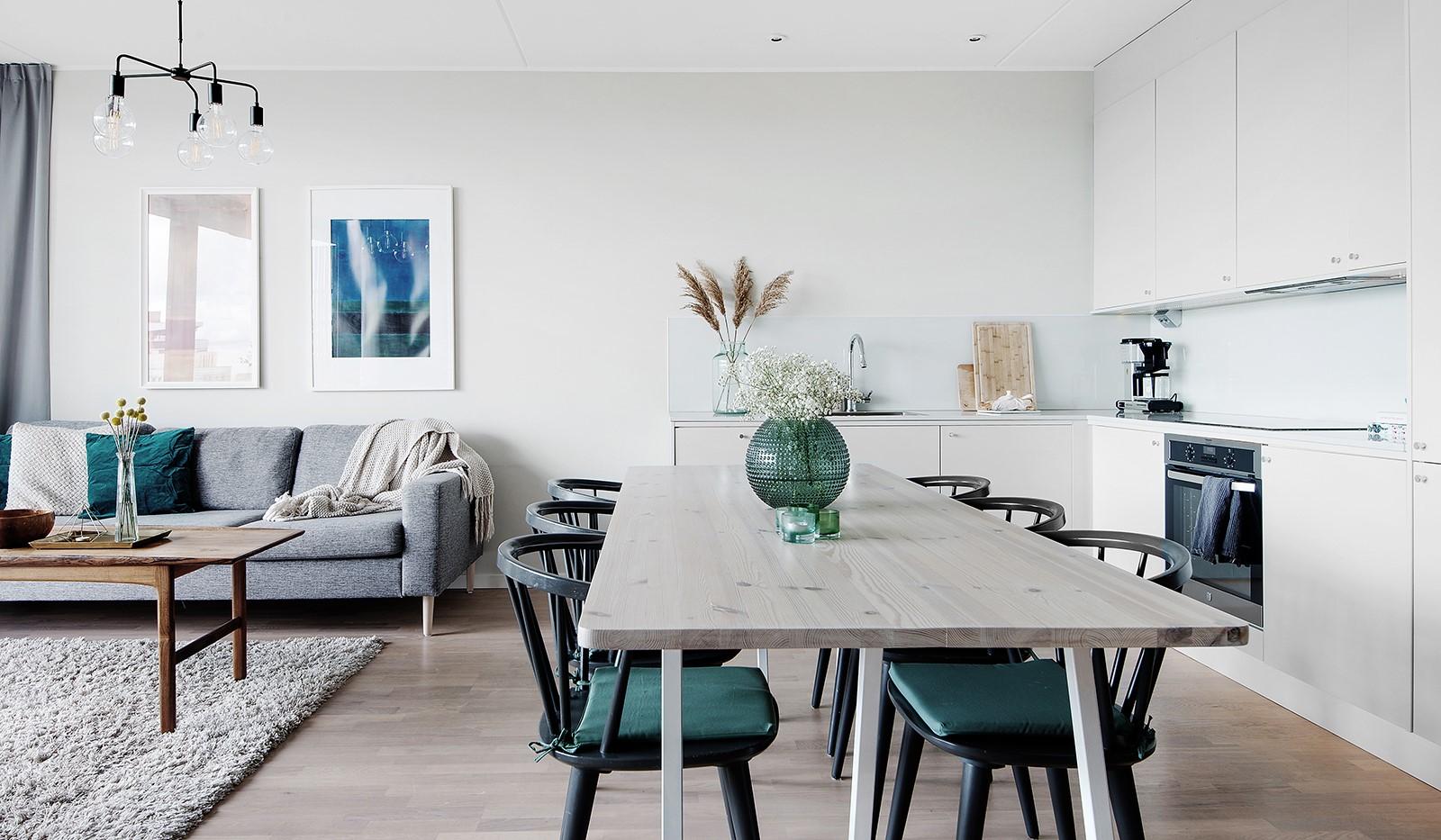 Liljeholmsvägen 12, 6tr - Plats för stort matbord i den öppna planlösningen
