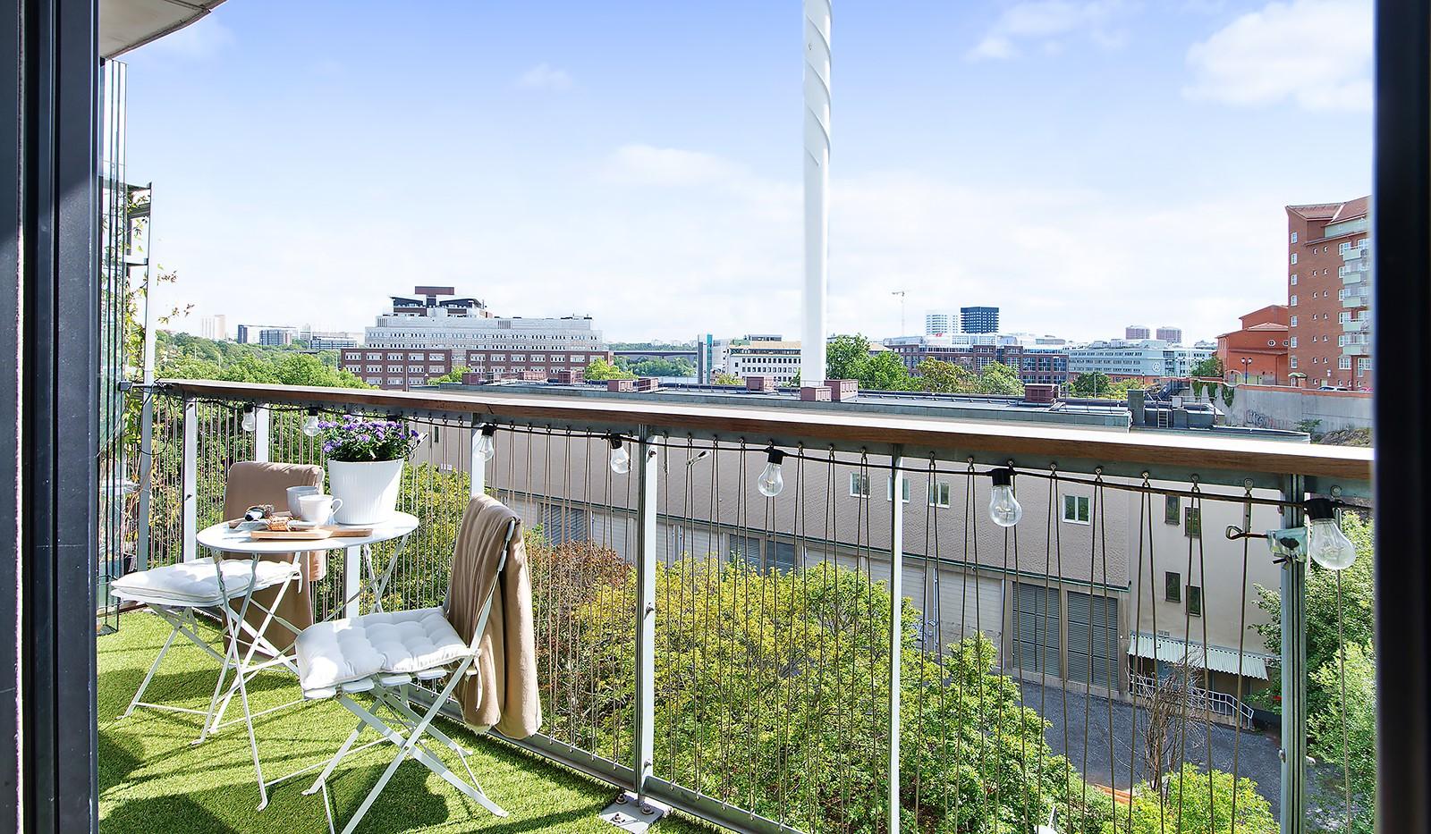 Liljeholmsvägen 12, 6tr - Härlig fri utsikt näst högst upp i huset