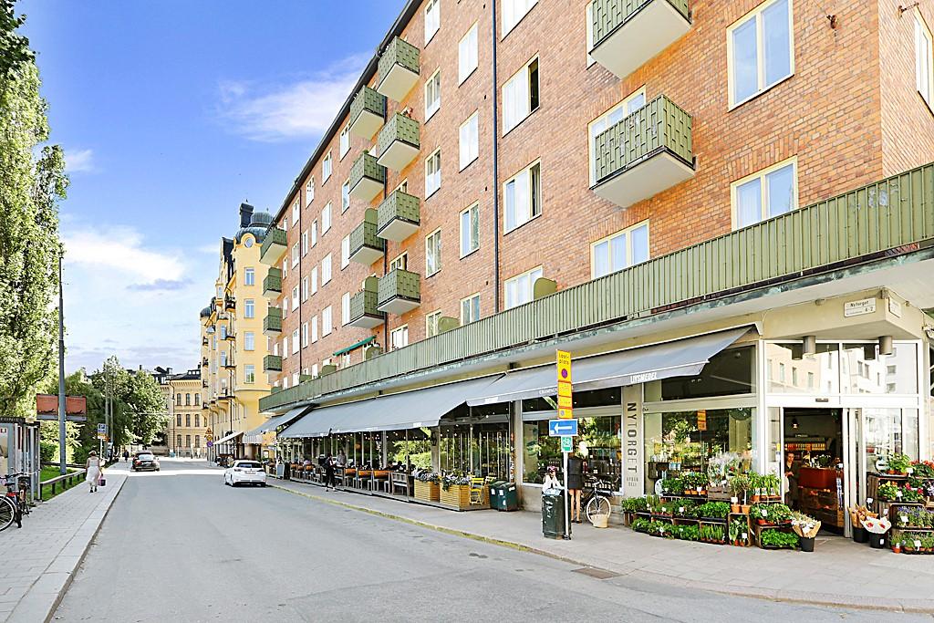 Södermannagatan 31, 2 tr - Urban Deli runt husknuten vid Nytorget.