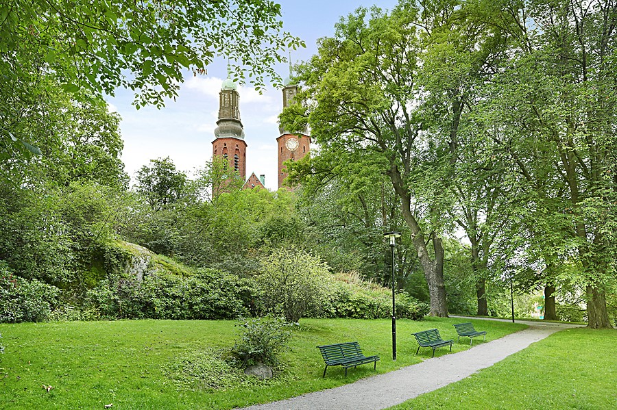 Heleneborgsgatan 20 - Högalidskyrkan med park