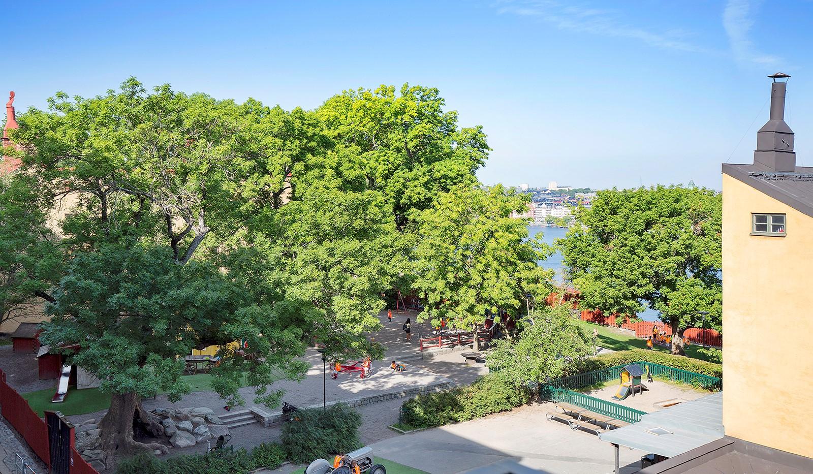Bastugatan 19, 4 tr - Med utsikt mot lummig park
