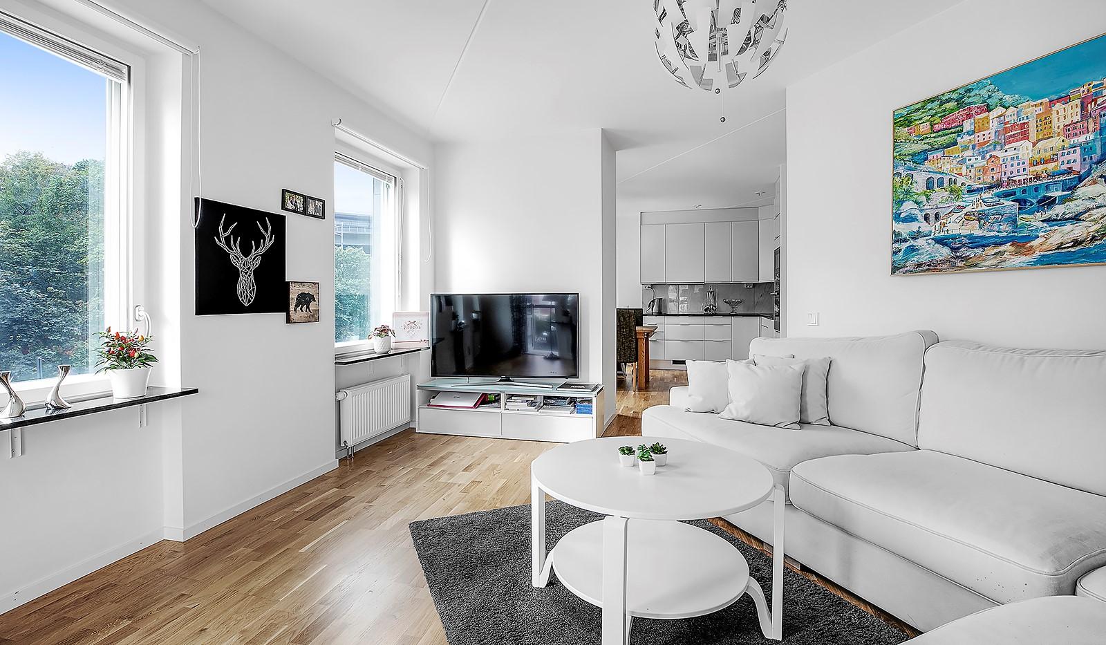 Hammarby Allé 15, vån 5 - Härlig vy över trätopparna på våning 5