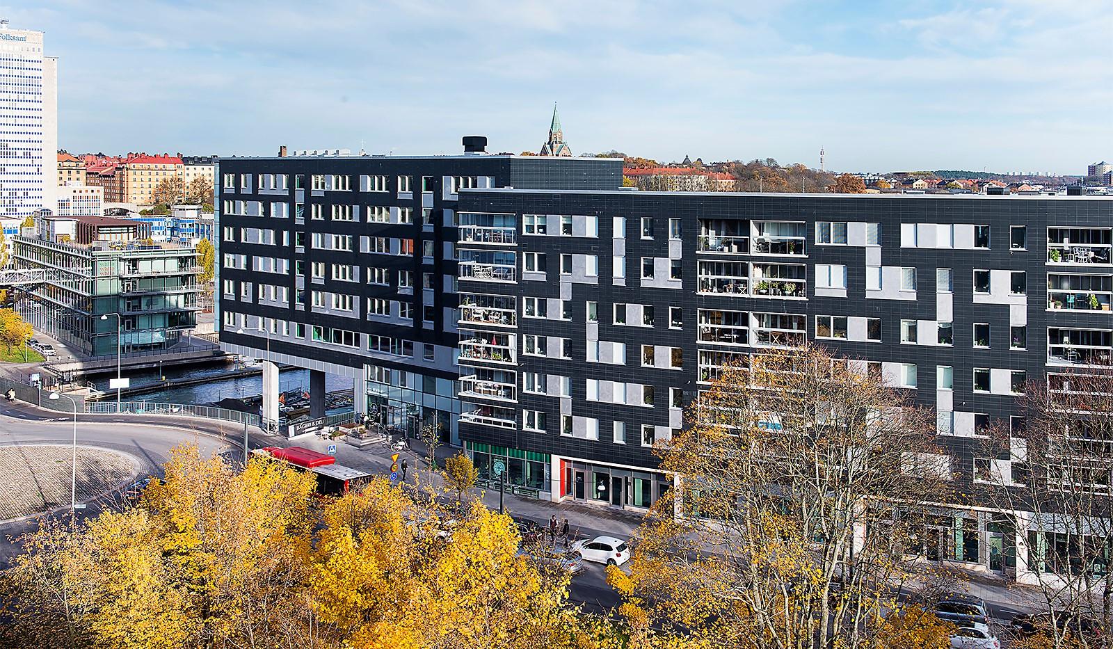 Hammarby Allé 15, vån 5 - Vy över huset