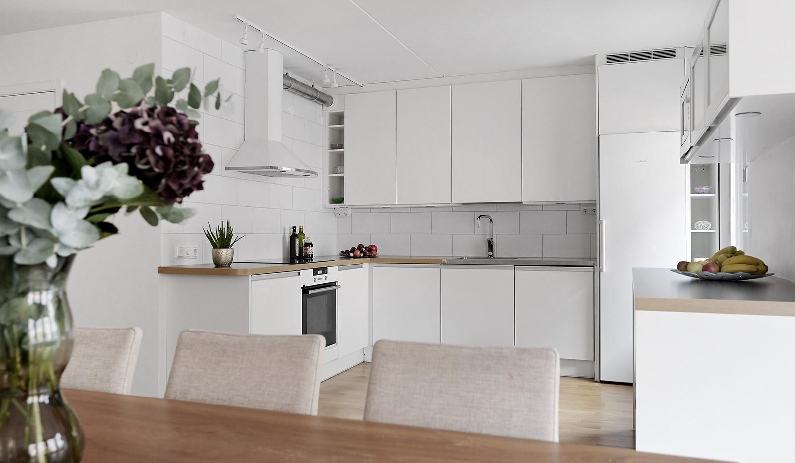 Grusåsgränd 85 - Stilrent och modernt kök