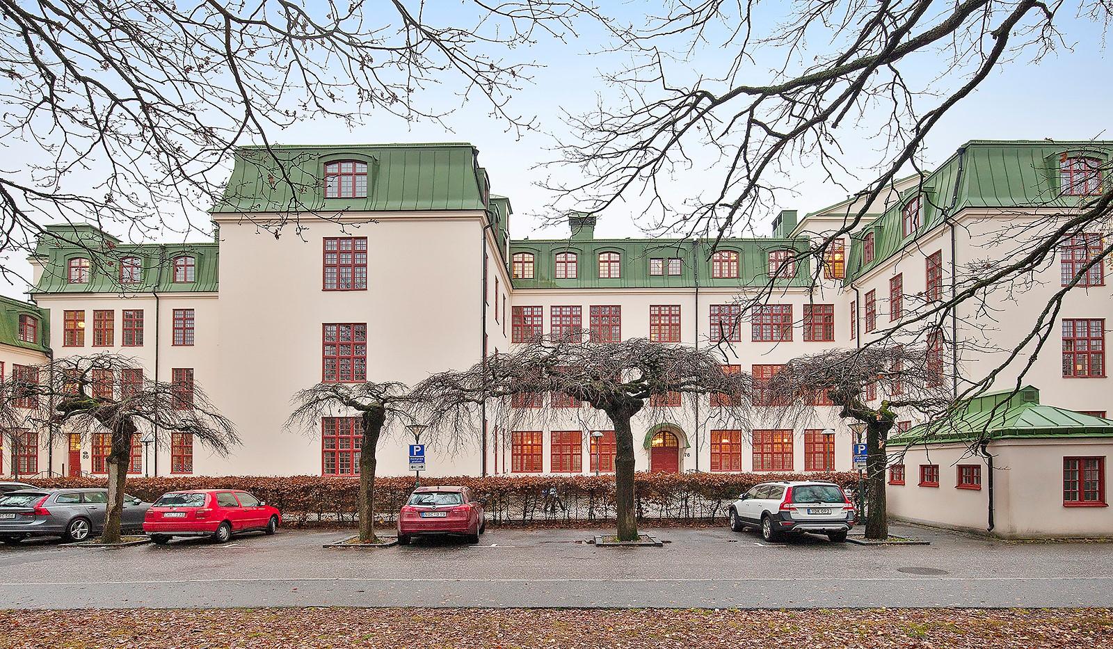 Stora Kvinns väg 78 - Fasad