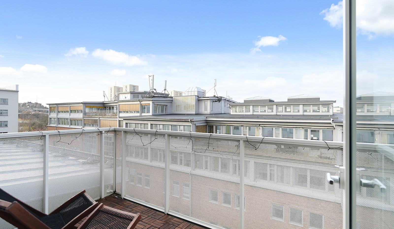 Marieviksgatan 40, 7 tr - Härlig balkong som vetter mot föreningens fina innergård.