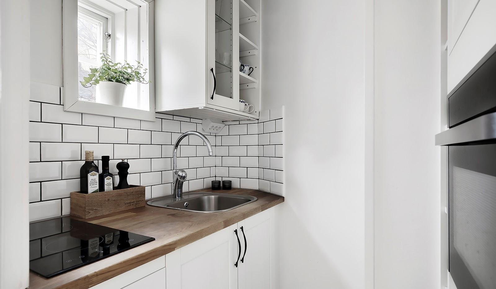 Högalidsgatan 36C, 3tr, ö.g. - Effektiv kokvrå med smygfönster, renoverat 2016