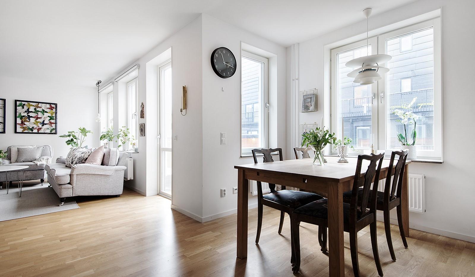 Årgångsgatan 5, 5 tr - Stor matplats för hela familjen intill fönster