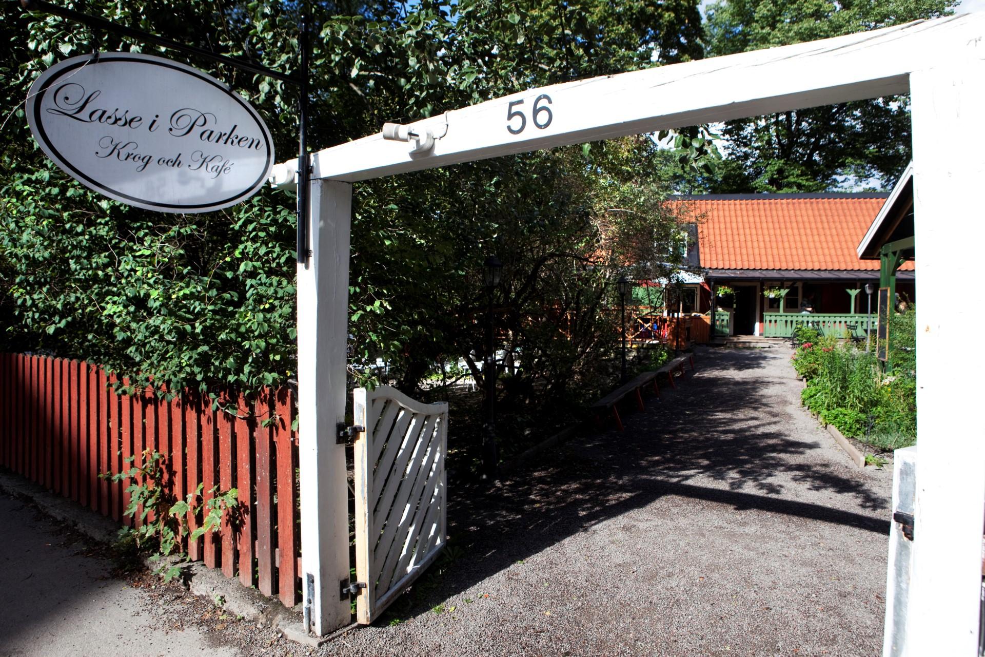 Heleneborgsgatan 12B - Lasse i Parken som bjuder på god mat och livemusik!