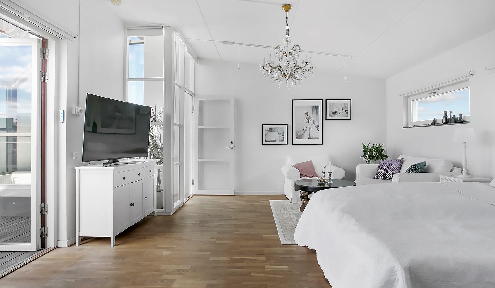 Sickla Kanalgata 64, vån 4 & 5 - Från detta rum når man den stora terrassen