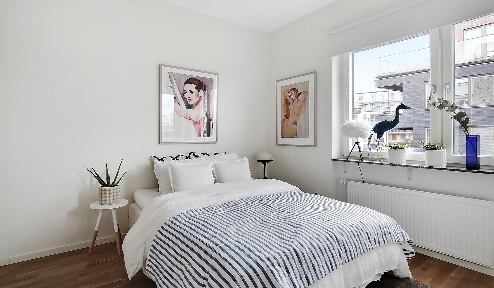 Fredriksdalsgatan 24, vån 6 - Rofullt sovrum med plats för dubbelsäng