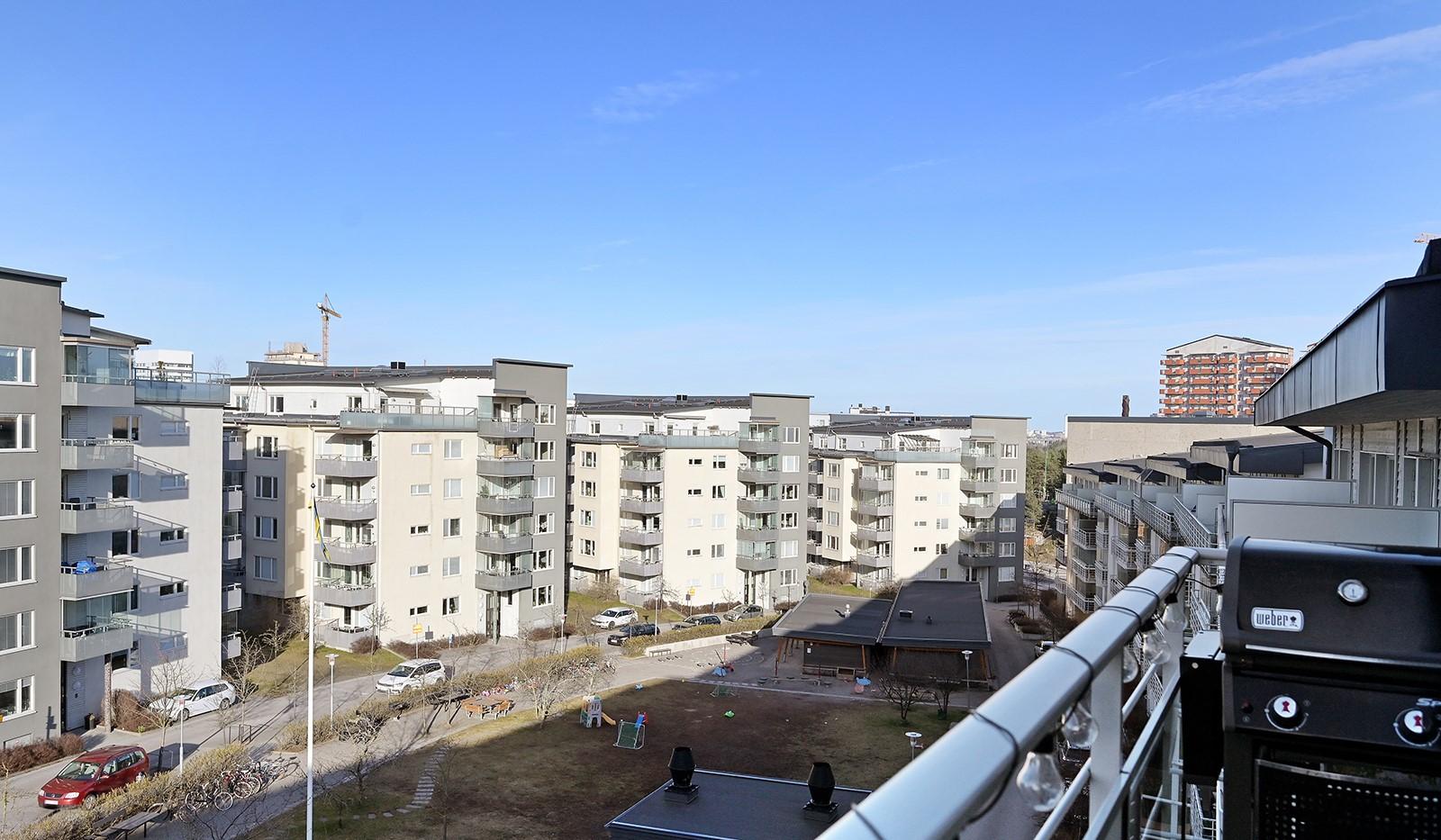 Hildebergsvägen 18, 4 tr - Utsikt över gården