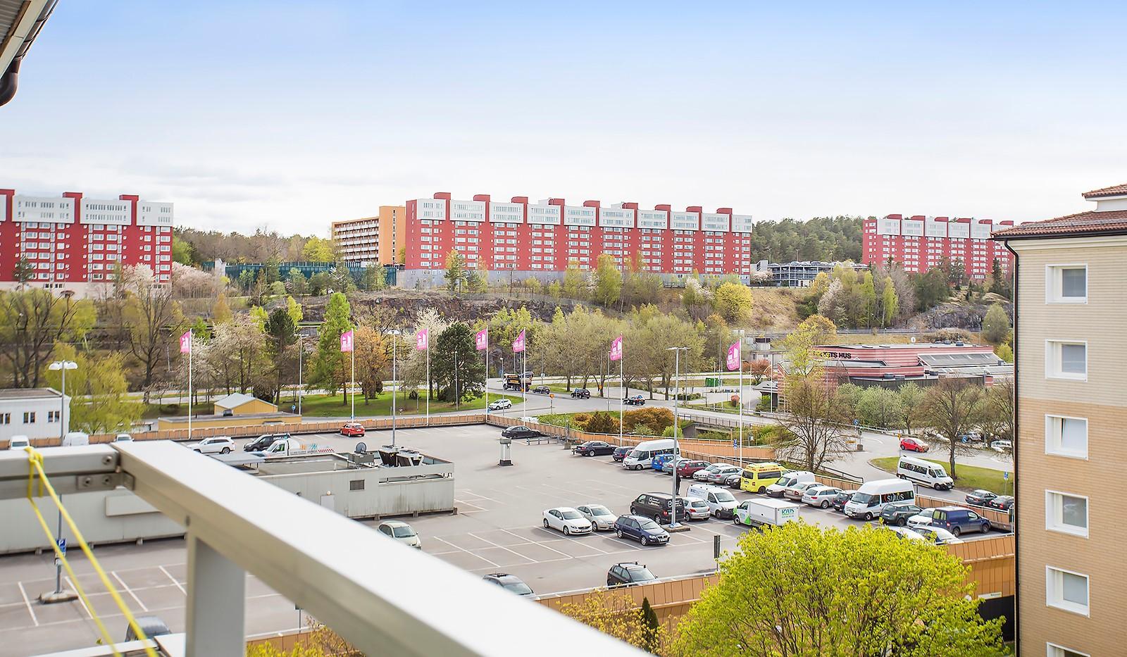 Vetevägen 12, 7tr - Utsikt från balkongen