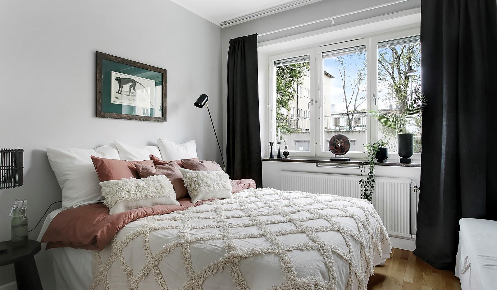 Maria Prästgårdsgata 39, 1tr - Rofyllt sovrum med plats för dubbelsäng
