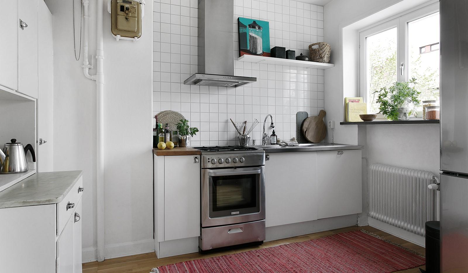 Maria Prästgårdsgata 39, 1tr - Köket är fint bevarat med charmiga beslag