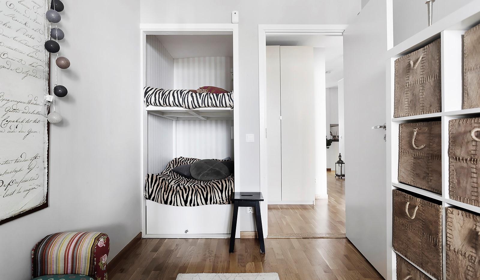 Vinodlargatan 7, 1tr - Perfekt som barnrum med platsbyggd våningssäng