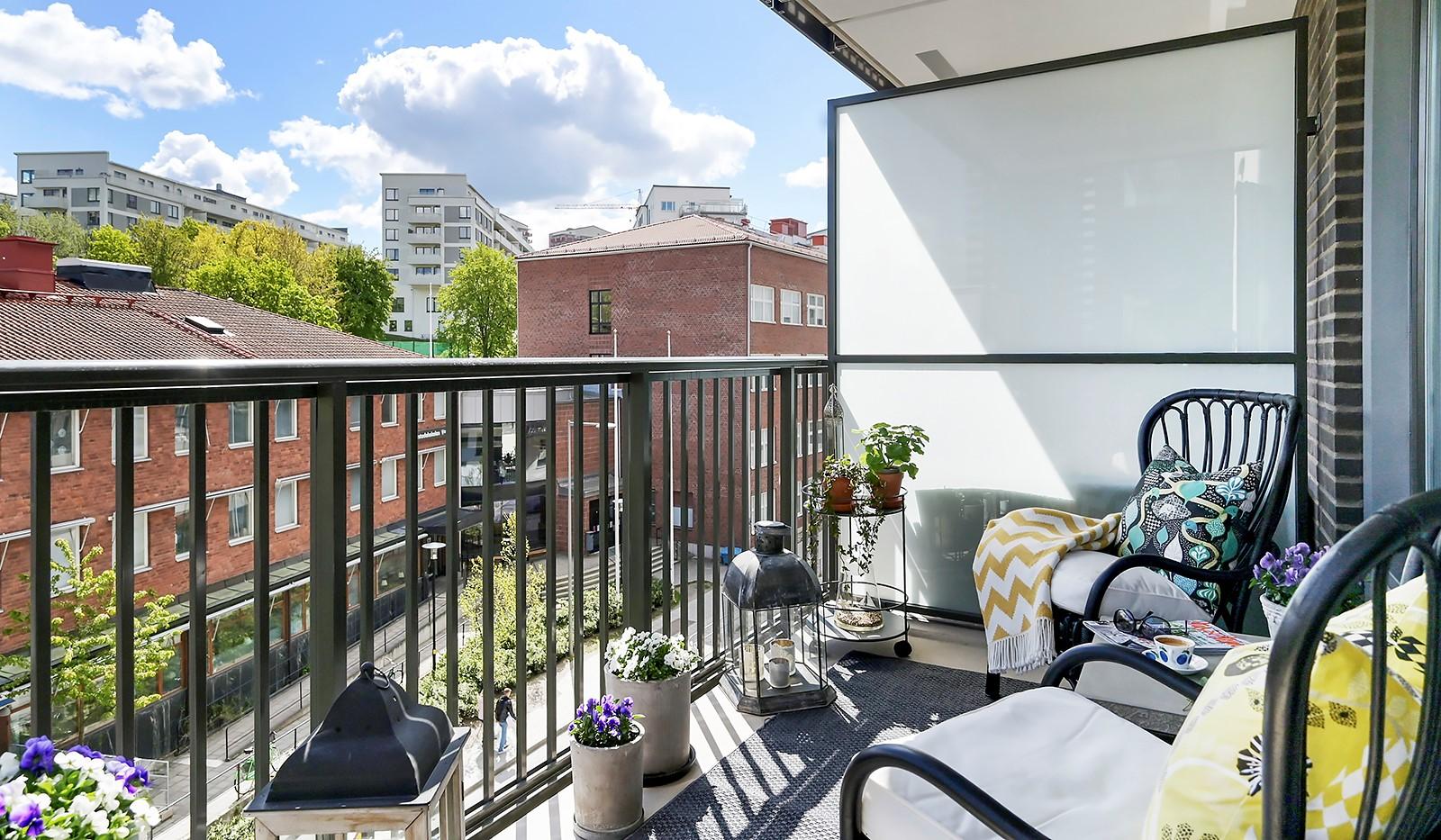 Sjöviksbacken 18, 4 tr - Stor balkong med sol morgon till eftermiddag