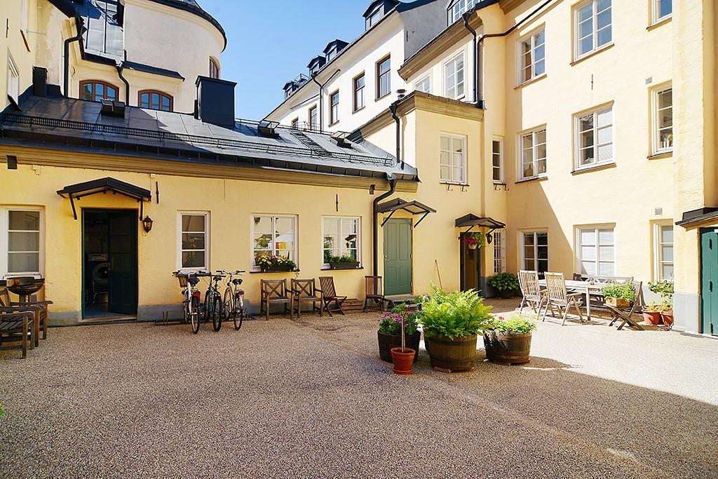Maria Prästgårdsgata 4 - Föreningens vackra innergård