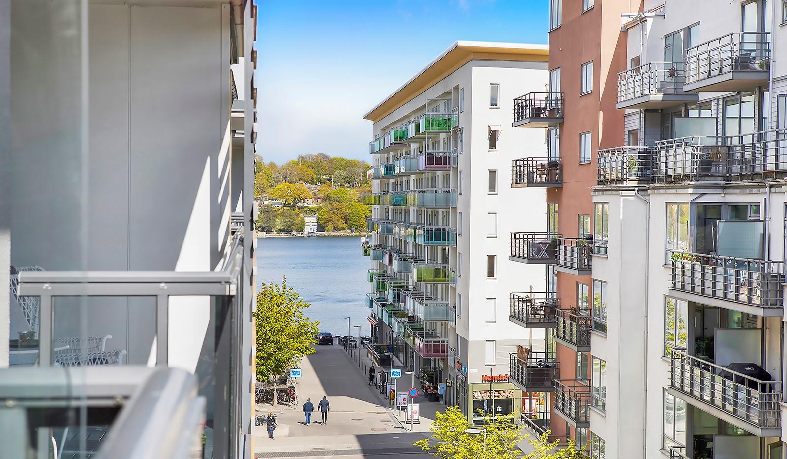 Grönbrinksgatan 10, 5 tr - Vacker vy mot Årstaviken