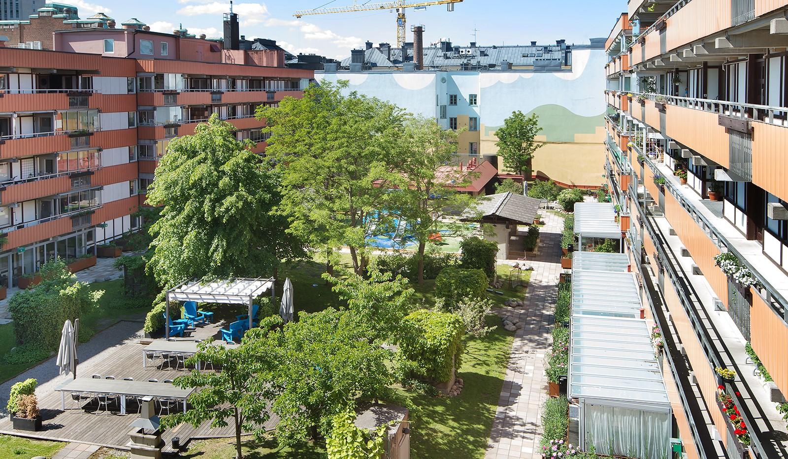 Kocksgatan 9, 5/5tr - Föreningens fantastisk innergård