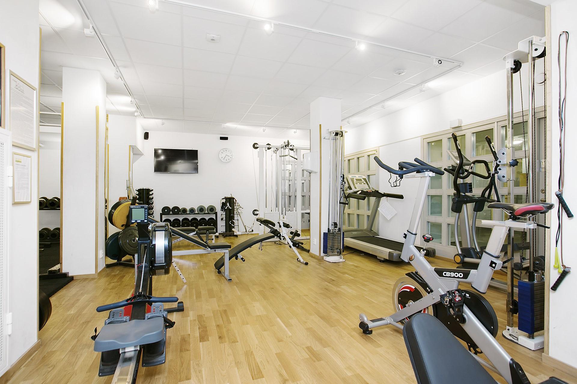 Maria Bangata 9, 5 tr - Ett riktigt gym!!