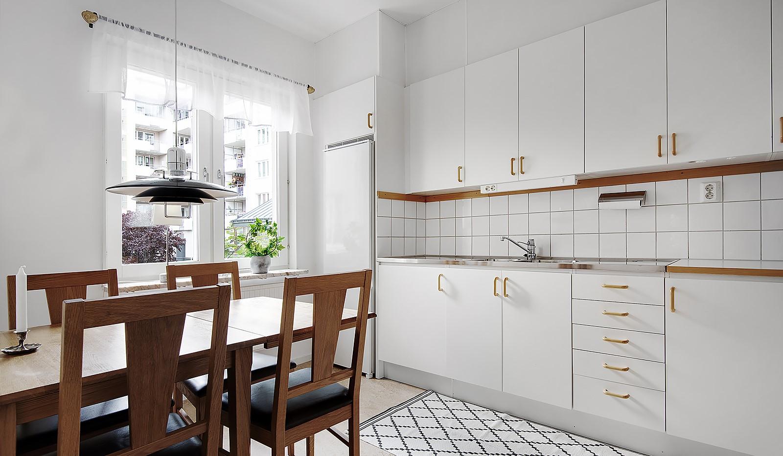 Fatburs Kvarngata 28 - Riktigt kök med matplats